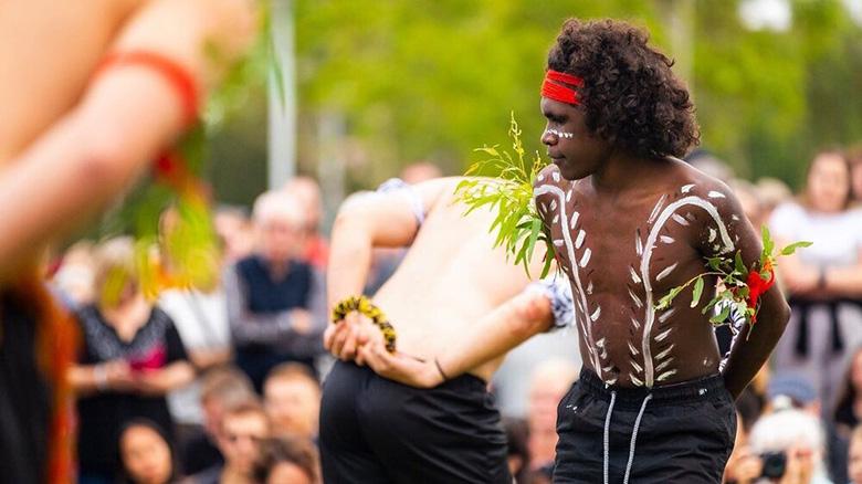 Selwyn Burton dancing for Iwiri Aboriginal Corporation