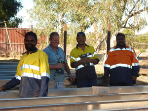 CDEP Jigalong working on the new women's centre