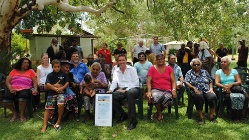 The Western Australian Minister for Aboriginal Affairs, Peter Collier, with members of the Bidan community.