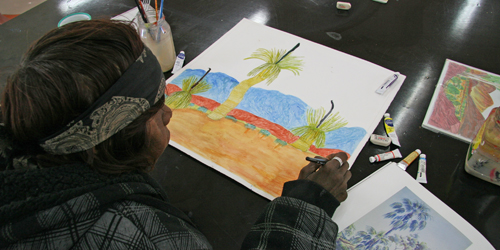 Gwenda Namatjira working on a piece